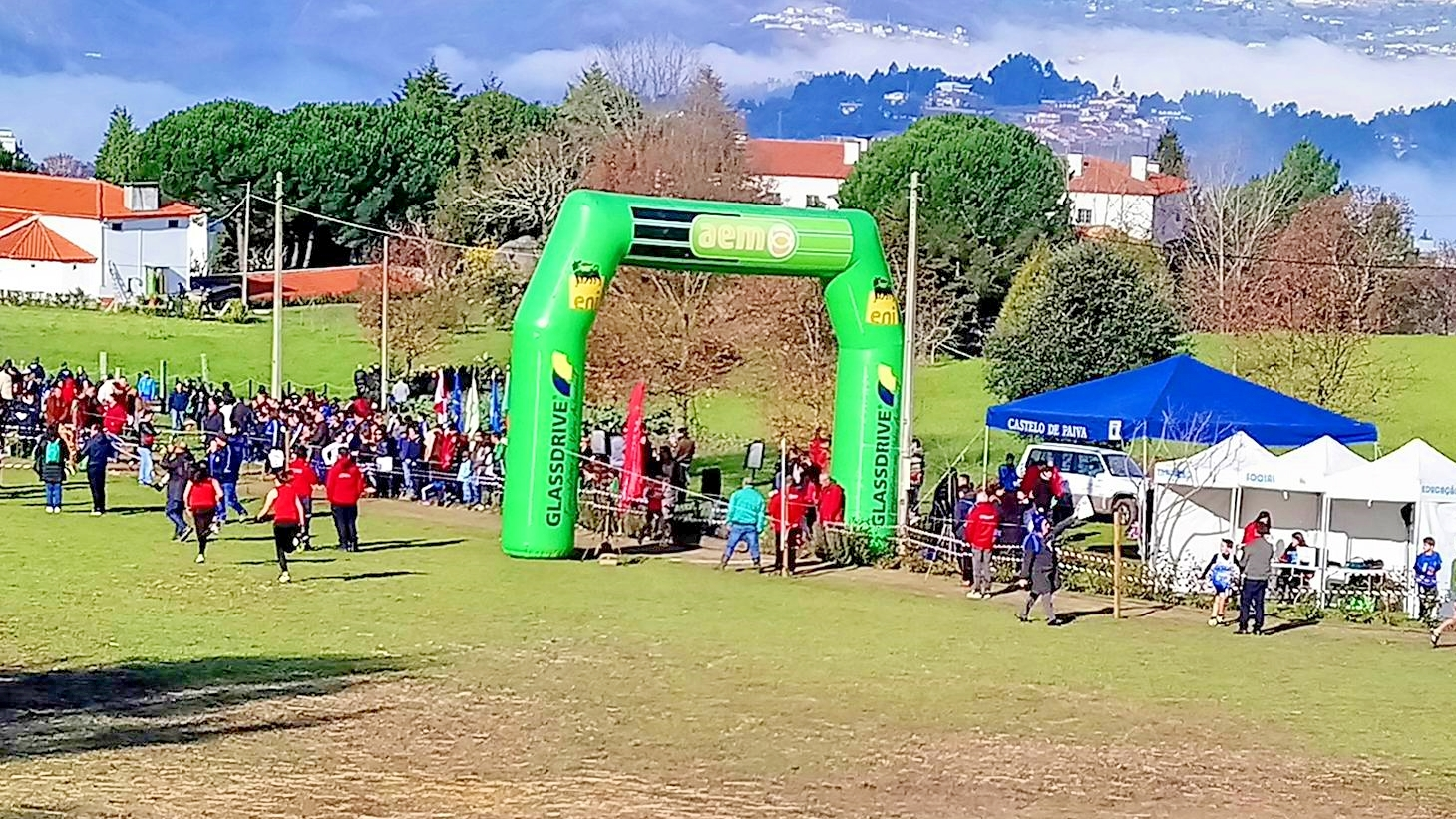380a8b5da Cerca de 500 atletas disputam o distrital de corta mato em Castelo de Paiva