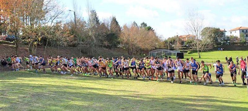 e57e6b883 Quinhentos atletas disputaram o corta-mato curto em Castelo de Paiva